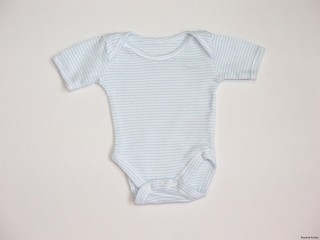 Body vel. 50, zn. MOTHERCARE